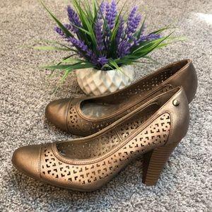 Gold memory foam heels
